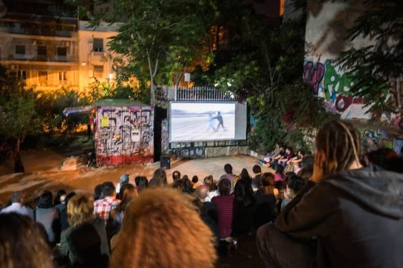 το υπαίθριο σινεμαδάκι του Πάρκου Ναυαρίνου