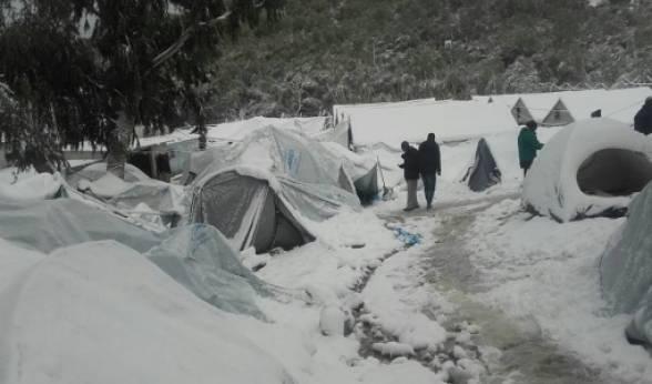 Οι Γιατροί Χωρίς Σύνορα ζητούν την άμεση λήψη έκτακτων μέτρων για τους πρόσφυγες