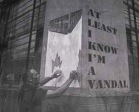 Όταν οι γκραφιτάδες τρολάρουν αυτούς που σβήνουν τα έργα τους
