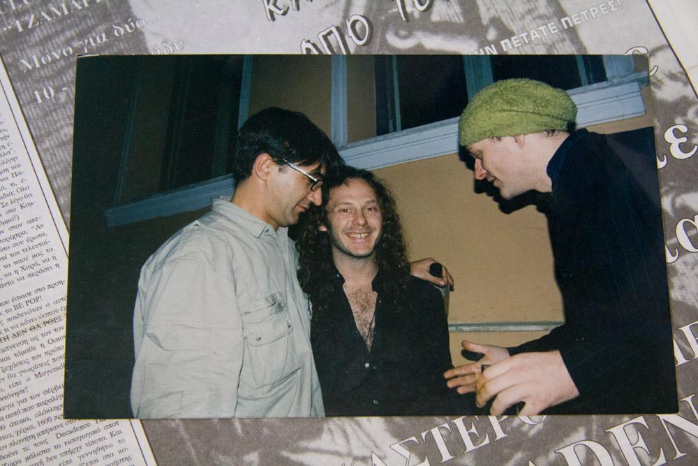 o γιος του Iggy Pop & o μπασίστας των Tindersticks με τον Νίκο