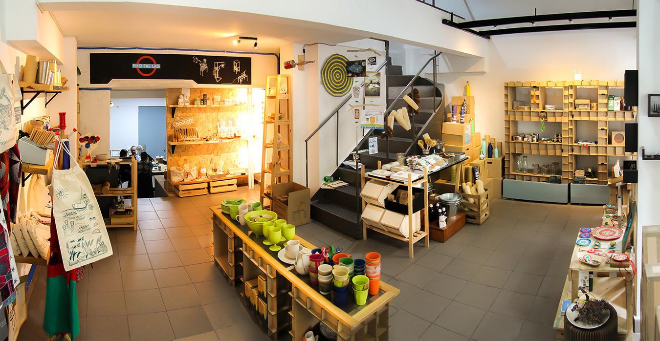 Πλαστικουργείο. Ένα σχολείο ανακύκλωσης και αστικής οικολογίας, ένα μοναδικό concept shop και εργαστήρι στη Νεάπολη Εξαρχείων
